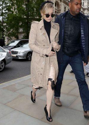 Jennifer Lawrence Out in London