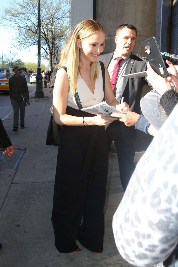 Jennifer Lawrence: Out in New York -13