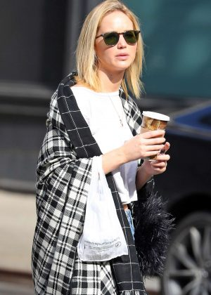 Jennifer Lawrence - Out in NYC