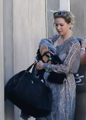 Jennifer Lawrence - Out with her parents in Malibu