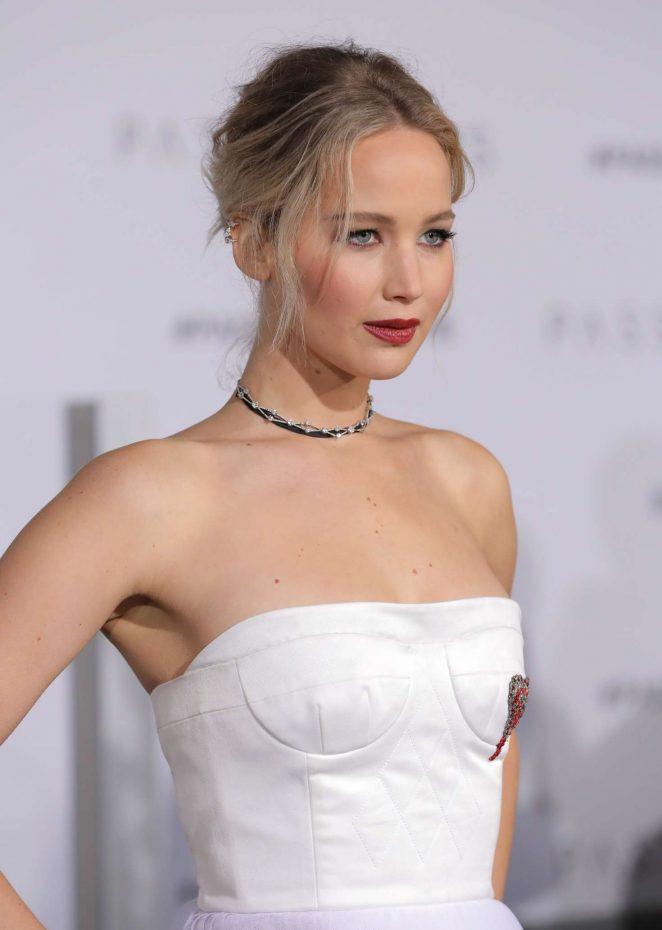Jennifer Lawrence - 'Passengers' Premiere in Los Angeles