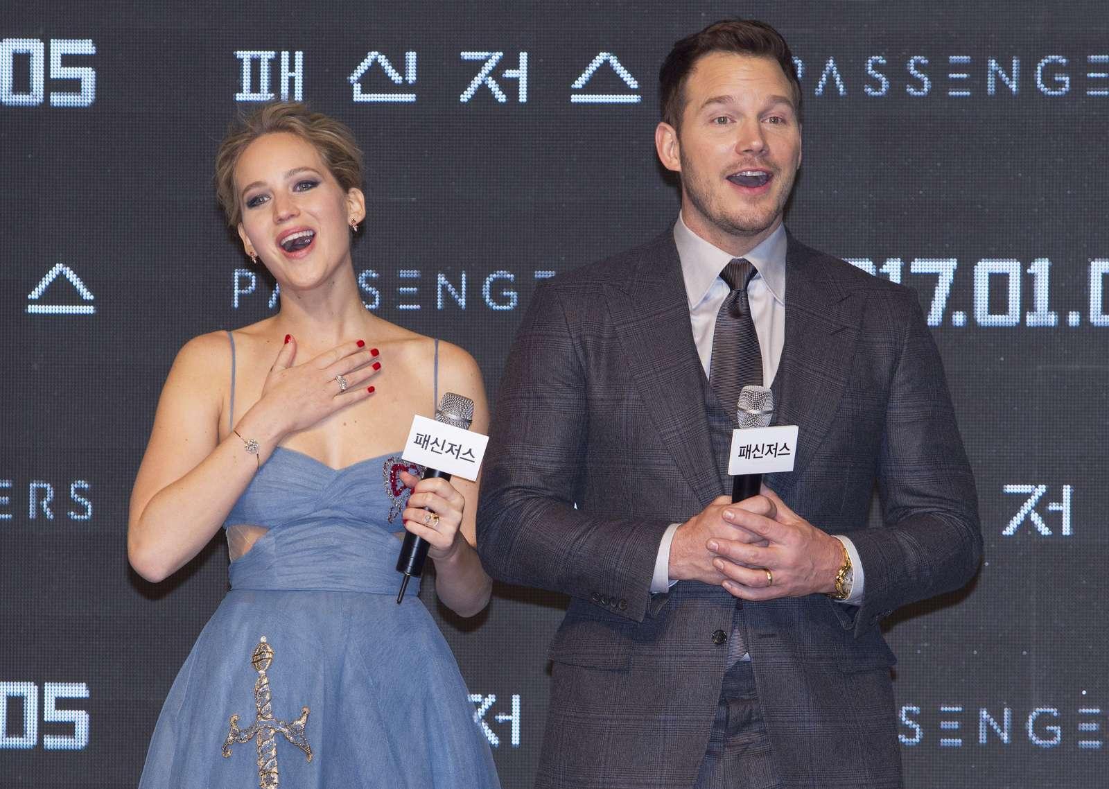 Jennifer Lawrence 2016 : Jennifer Lawrence: Passengers Premiere in Seoul -03