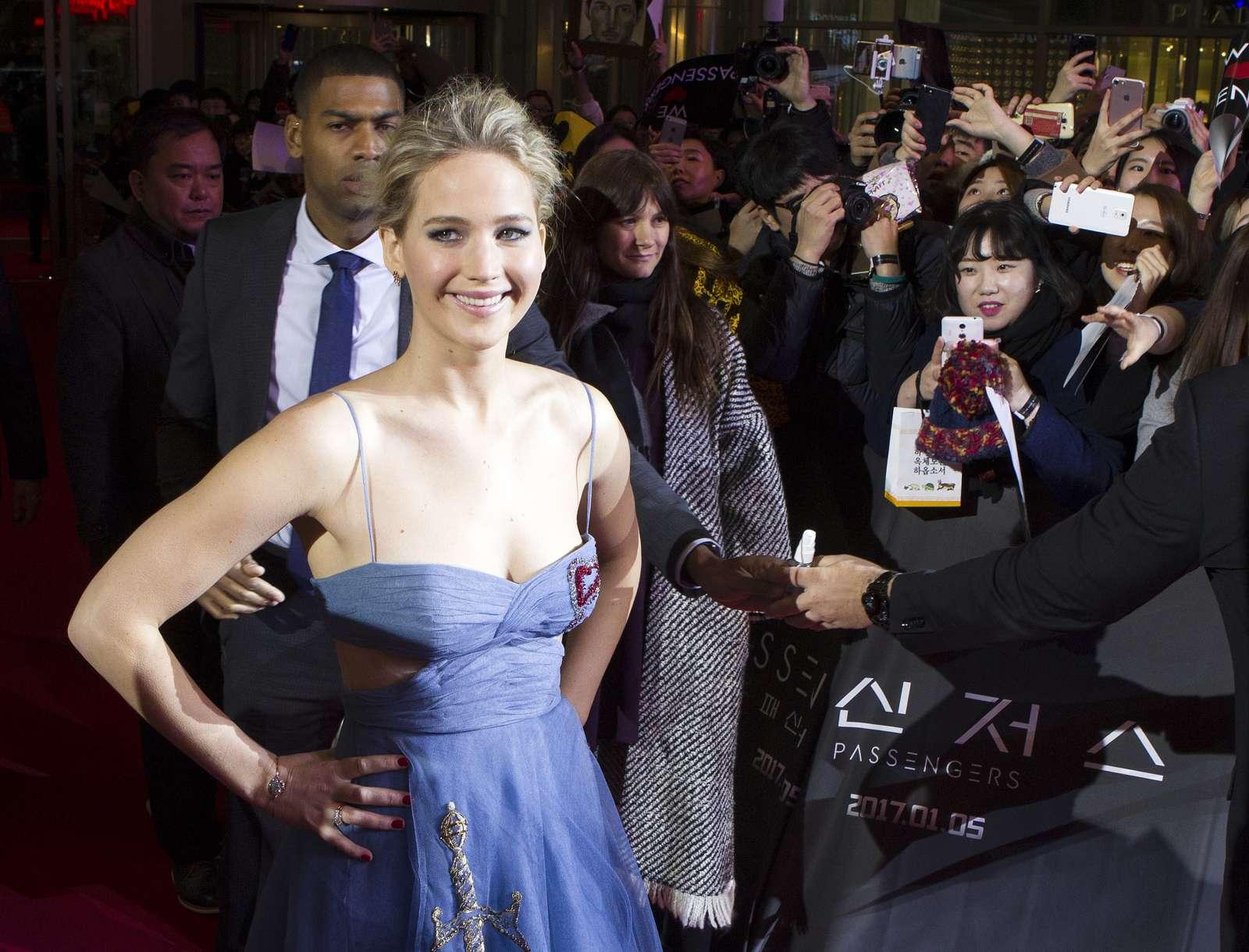 Jennifer Lawrence 2016 : Jennifer Lawrence: Passengers Premiere in Seoul -06