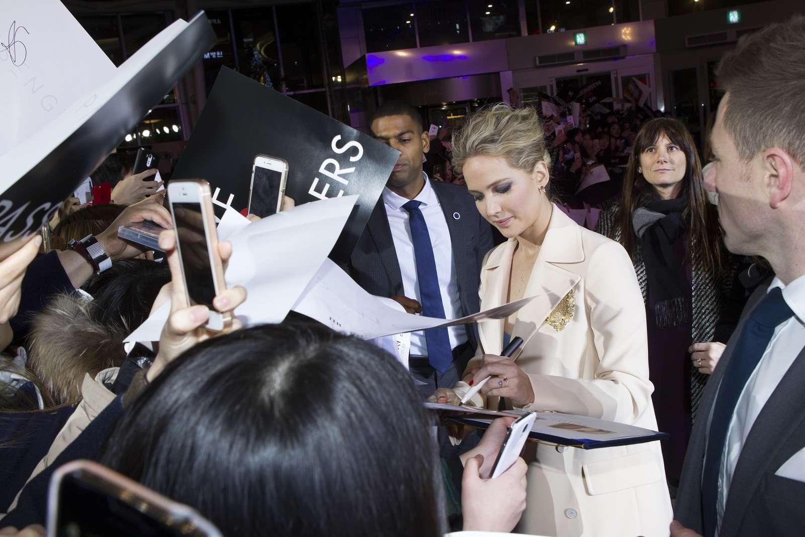 Jennifer Lawrence 2016 : Jennifer Lawrence: Passengers Premiere in Seoul -08