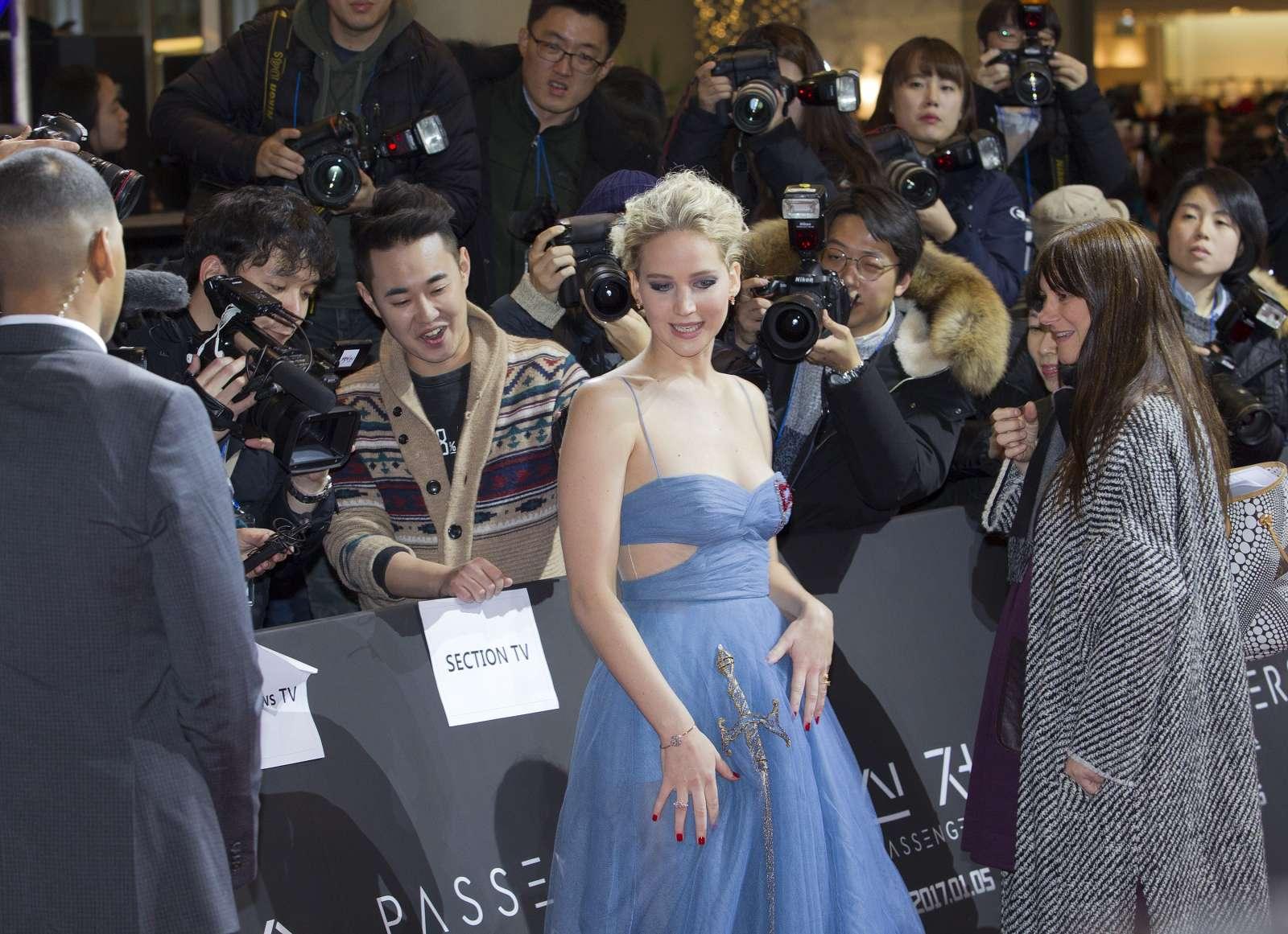 Jennifer Lawrence 2016 : Jennifer Lawrence: Passengers Premiere in Seoul -15