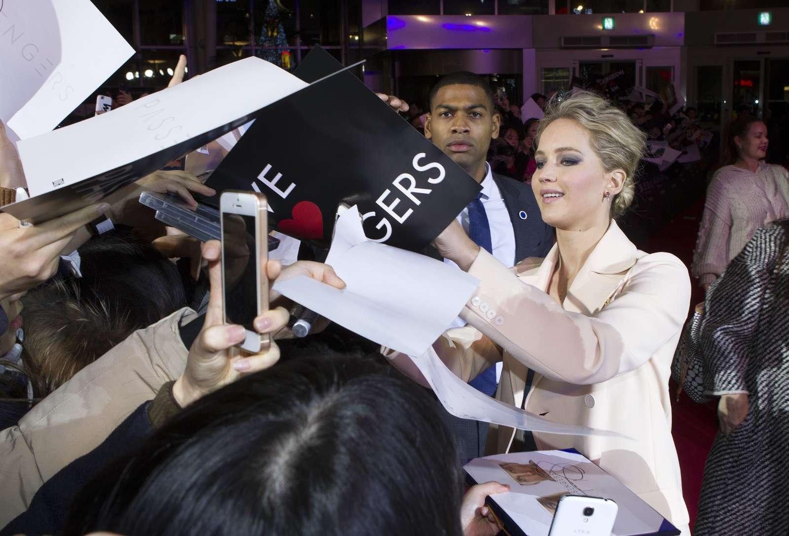 Jennifer Lawrence 2016 : Jennifer Lawrence: Passengers Premiere in Seoul -18