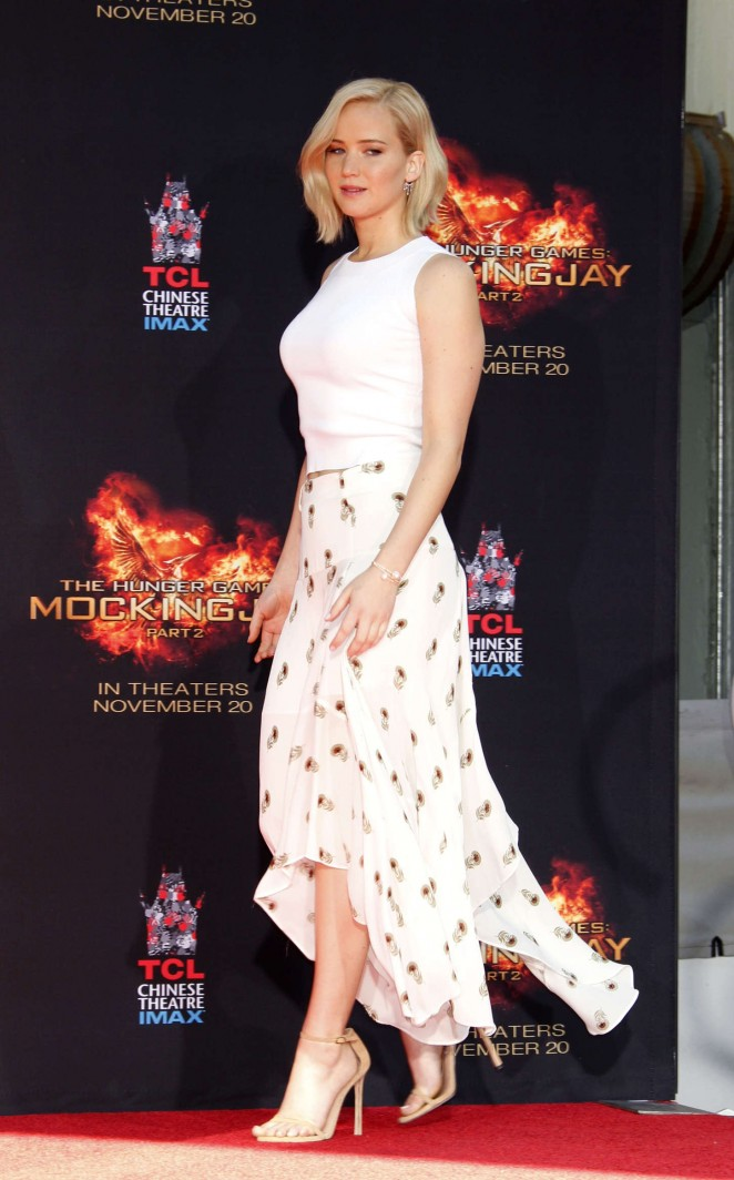 Jennifer Lawrence – The Hunger Games Imprint Ceremony in Hollywood