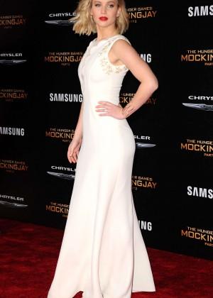 Jennifer Lawrence - 'The Hunger Games: Mockingjay' Part 2 Premiere in LA