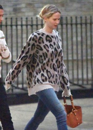 Jennifer Lawrence - Wears Leopard Print Sweater While Out in New York City