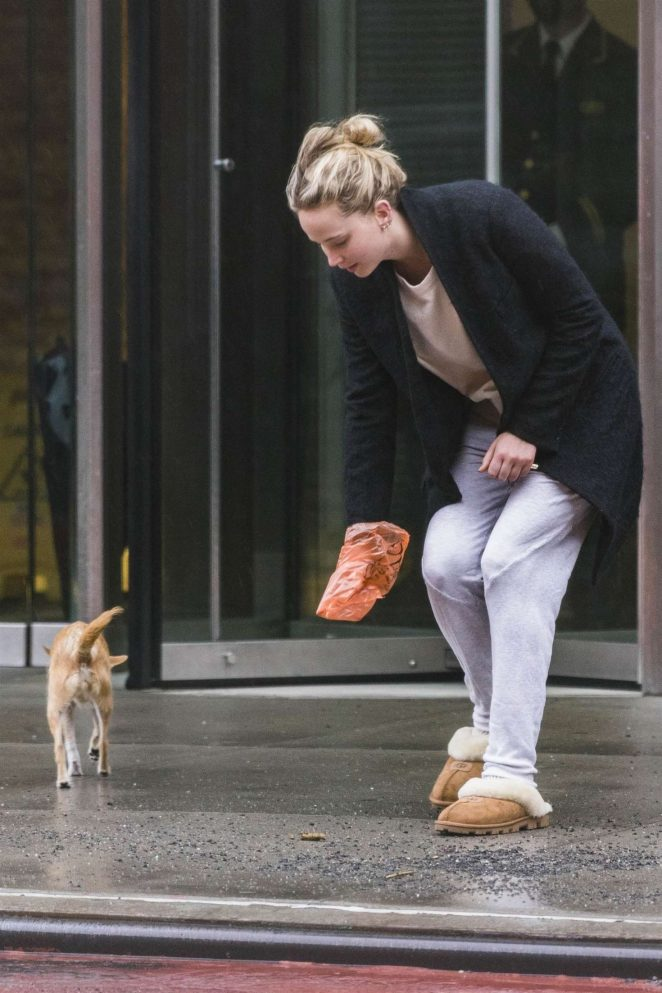 Jennifer Lawrence with her dog Pippi in New York