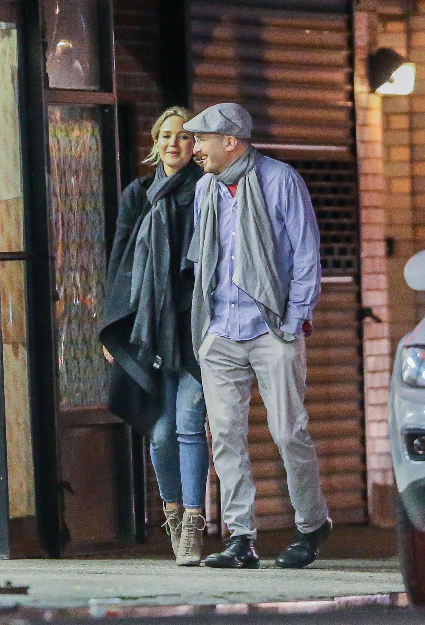 Jennifer Lawrence with new boyfriend Darren Aronofsky -32 ...