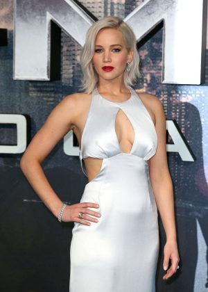 Jennifer Lawrence: X-Men Apocalypse Premiere -37 - Full Size