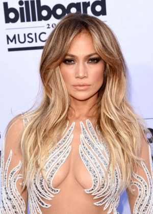 Jennifer Lopez: Billboard Music Awards 2015 -15