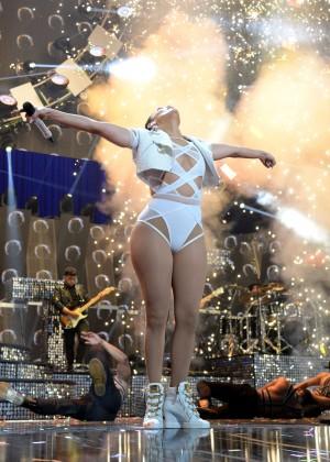 Jennifer Lopez: 2015 iHeartRadio Music Festival -13