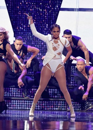 Jennifer Lopez: 2015 iHeartRadio Music Festival -35