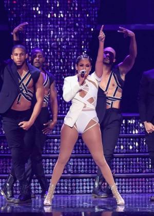 Jennifer Lopez: 2015 iHeartRadio Music Festival -43