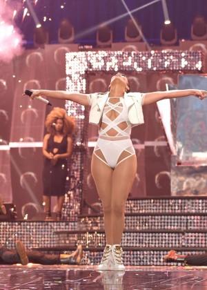 Jennifer Lopez: 2015 iHeartRadio Music Festival -44