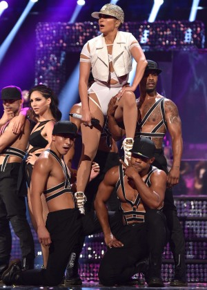 Jennifer Lopez: 2015 iHeartRadio Music Festival -54