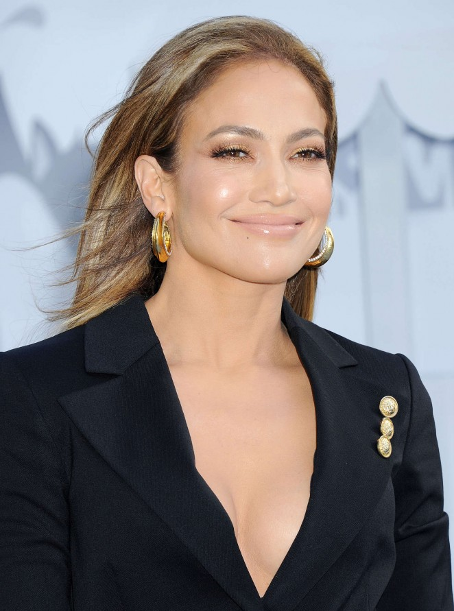 Jennifer Lopez: 2015 MTV Movie Awards -01