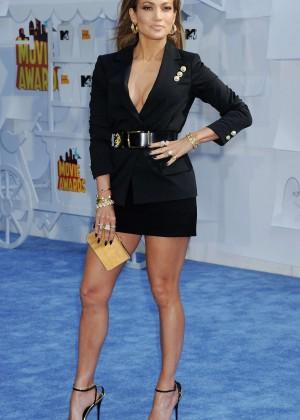 Jennifer Lopez: 2015 MTV Movie Awards -07