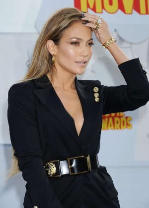 Jennifer Lopez: 2015 MTV Movie Awards -11