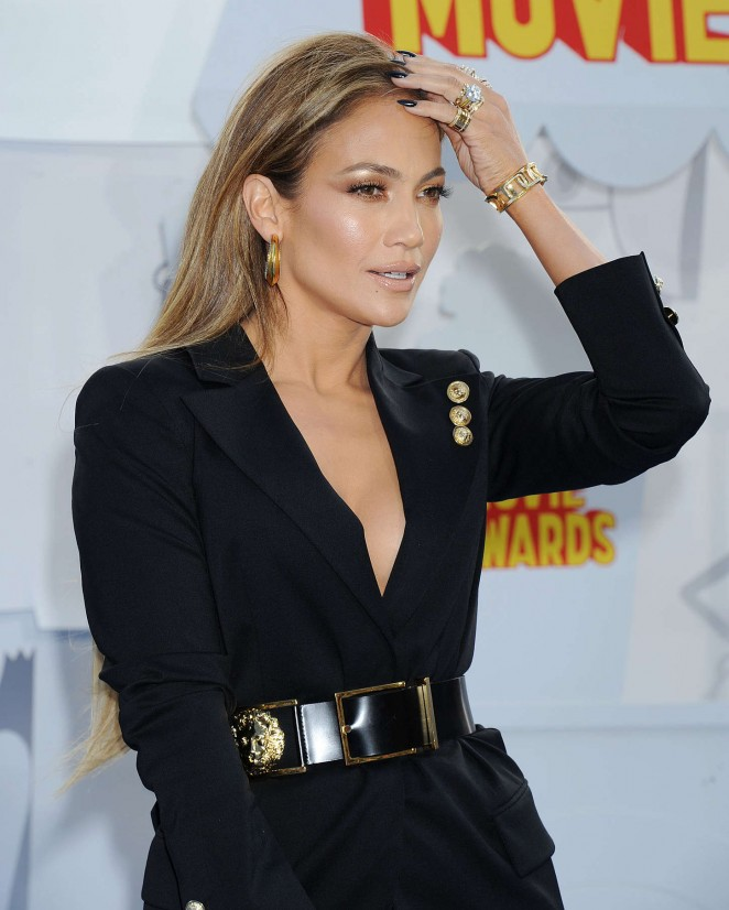 Jennifer Lopez: 2015 MTV Movie Awards -11