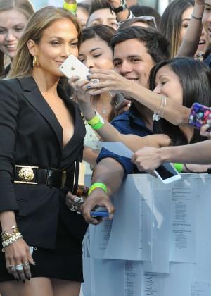 Jennifer Lopez: 2015 MTV Movie Awards -22