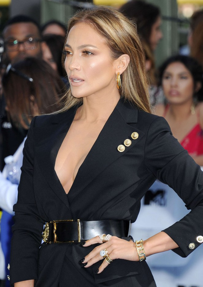 Jennifer Lopez: 2015 MTV Movie Awards -23