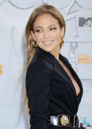 Jennifer Lopez: 2015 MTV Movie Awards -24