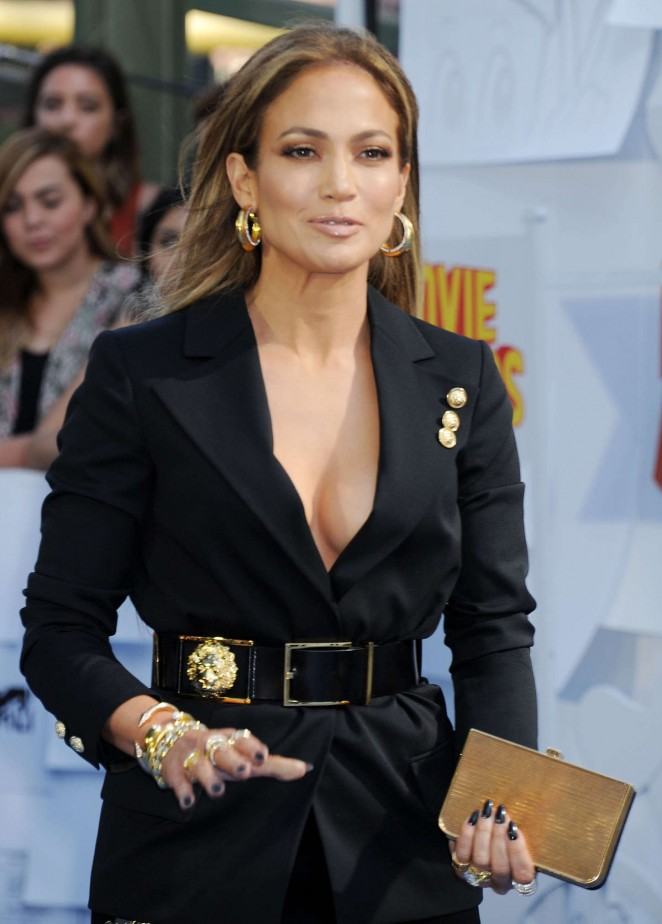 Jennifer Lopez: 2015 MTV Movie Awards -30