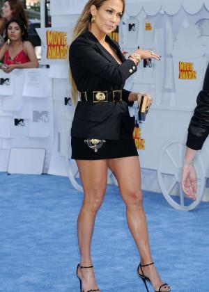 Jennifer Lopez: 2015 MTV Movie Awards -32