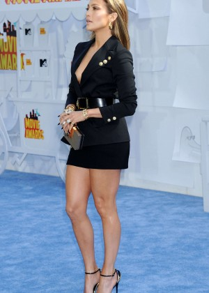 Jennifer Lopez: 2015 MTV Movie Awards -51
