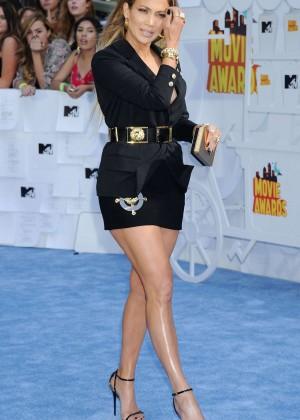Jennifer Lopez: 2015 MTV Movie Awards -70