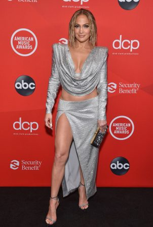 Jennifer Lopez - 2020 American Music Awards in Los Angeles