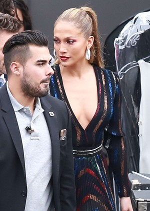 Jennifer Lopez - 'American Idol' Set in West Hollywood