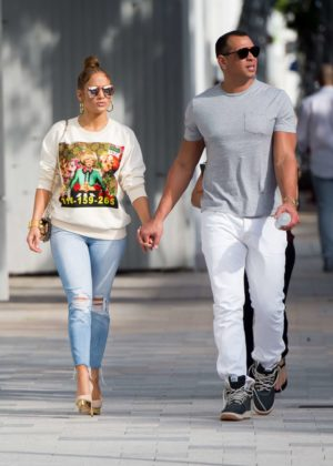 Jennifer Lopez and Alex Rodreguez - Christmas shopping in Miami