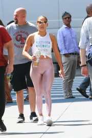 Jennifer Lopez and Alex Rodriguez - Arrives at a gym in NY