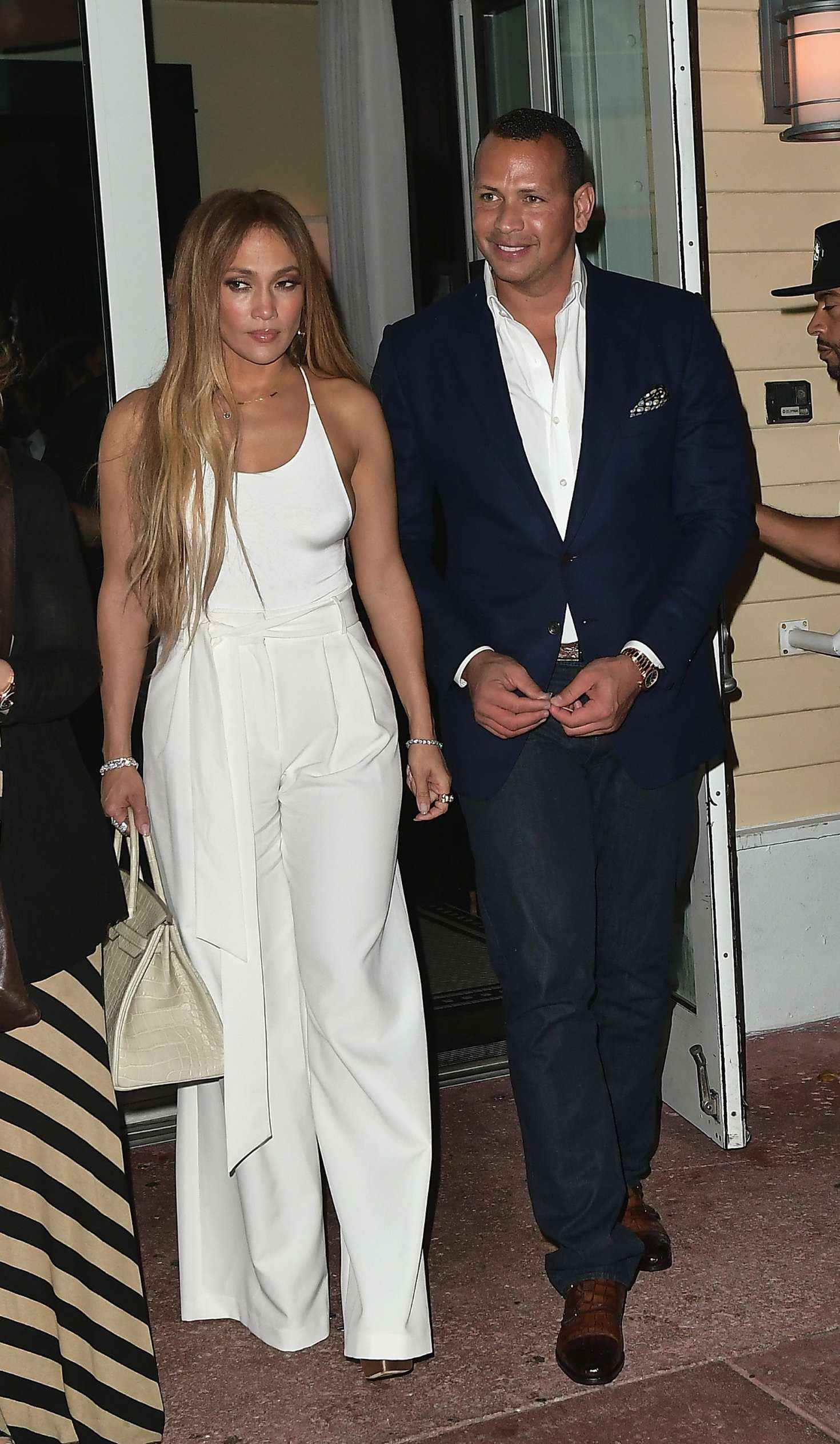 Jennifer Lopez 2017 : Jennifer Lopez and Alex Rodriguez at Prime 112 Restaurant -09