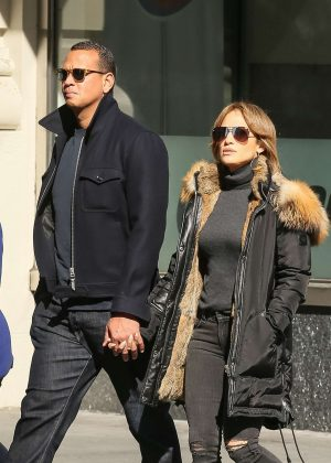 Jennifer Lopez and Alex Rodriguez hand in hand in SoHo