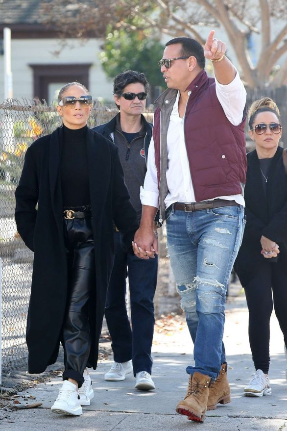 Jennifer Lopez and Alex Rodriguez - Shopping in Hollywood