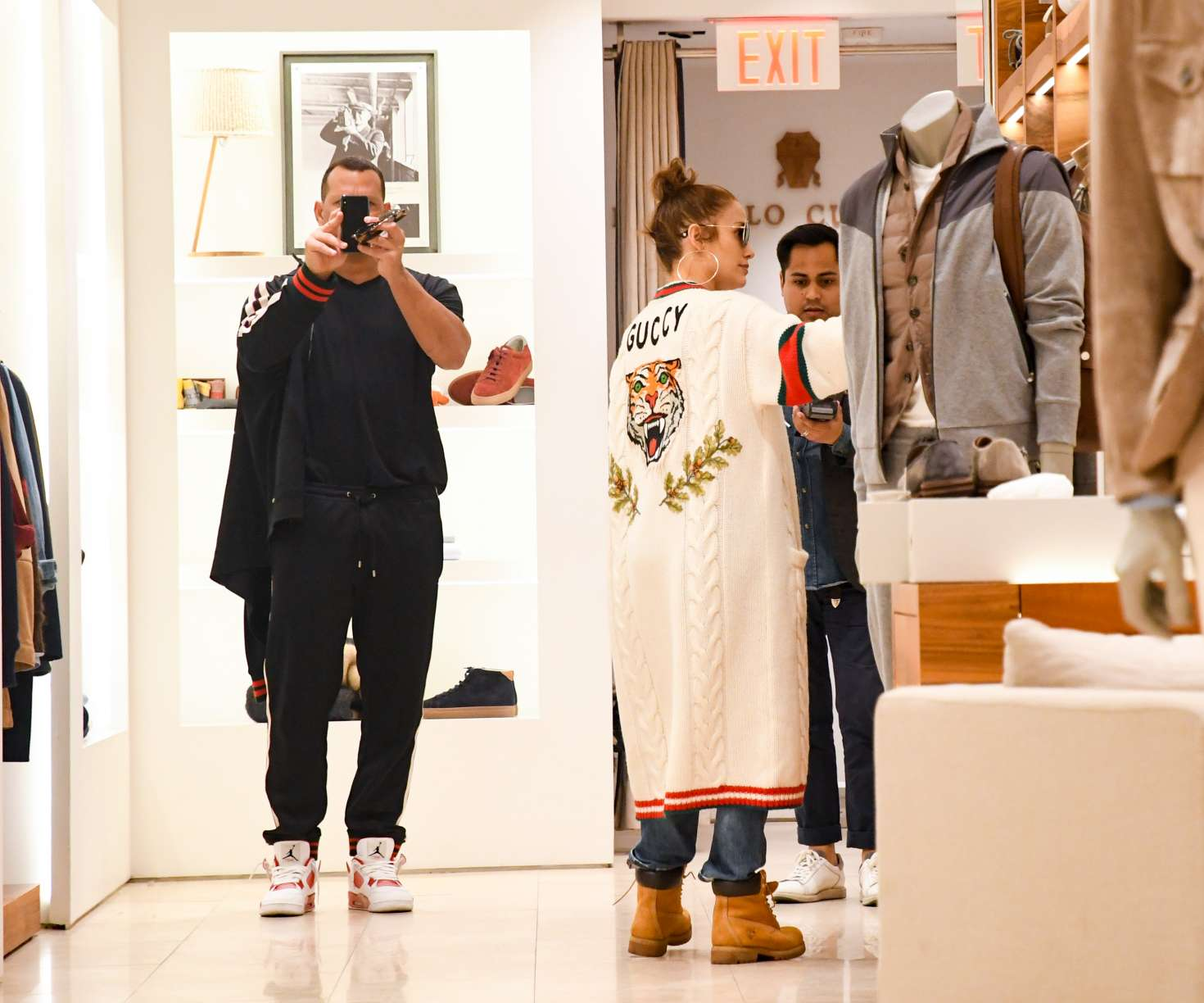Jennifer Lopez and Alex Rodriguez Shopping in LA