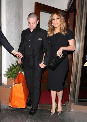 Jennifer Lopez and Casper Smart Nightout at Madeos in Beverly Hills