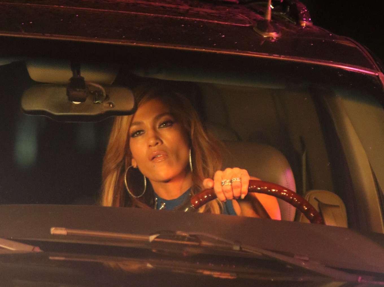 Jennifer Lopez 2019 : Jennifer Lopez and Lili Reinhart: On the set of Hustlers -14