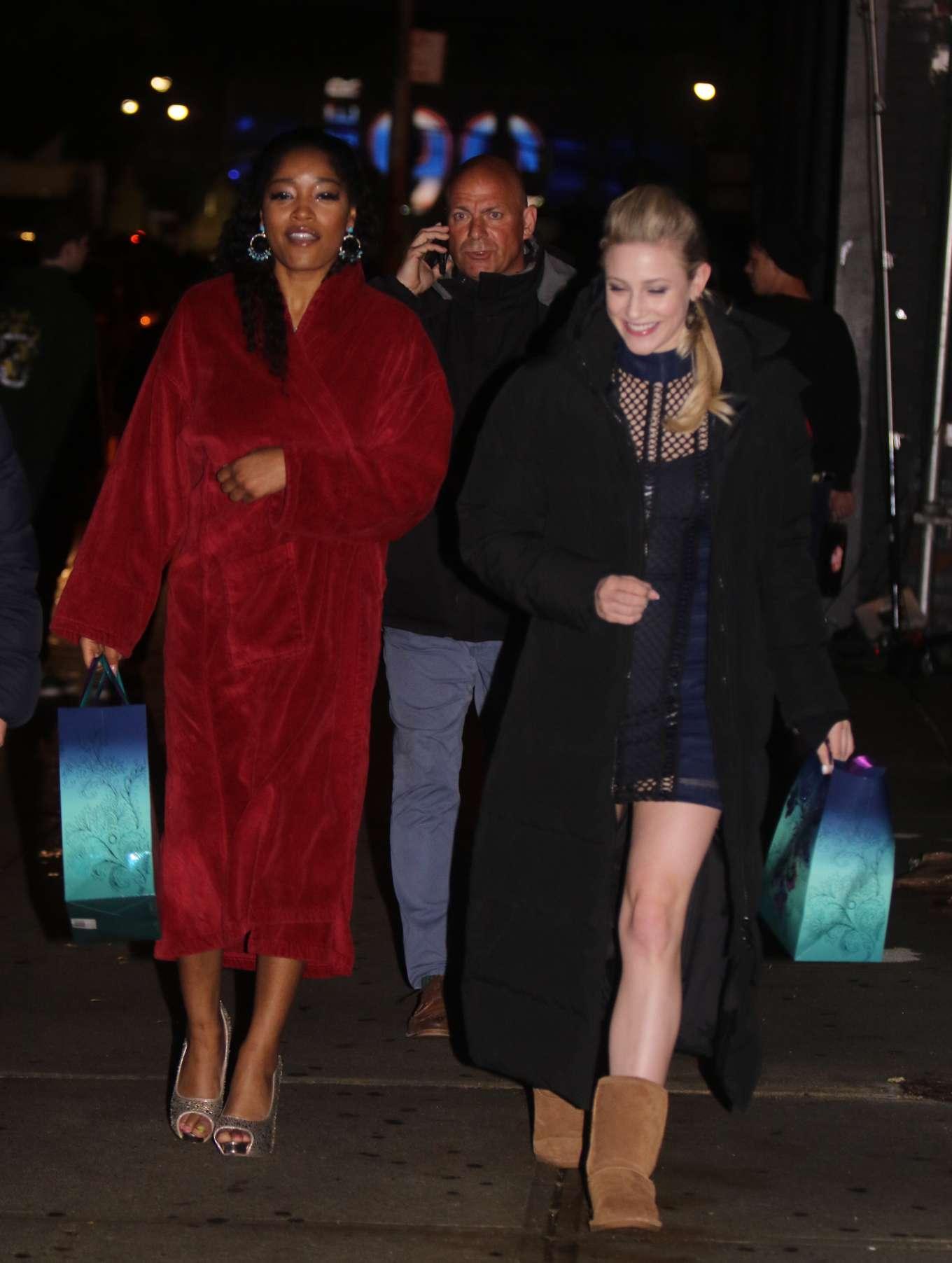 Jennifer Lopez 2019 : Jennifer Lopez and Lili Reinhart: On the set of Hustlers -15