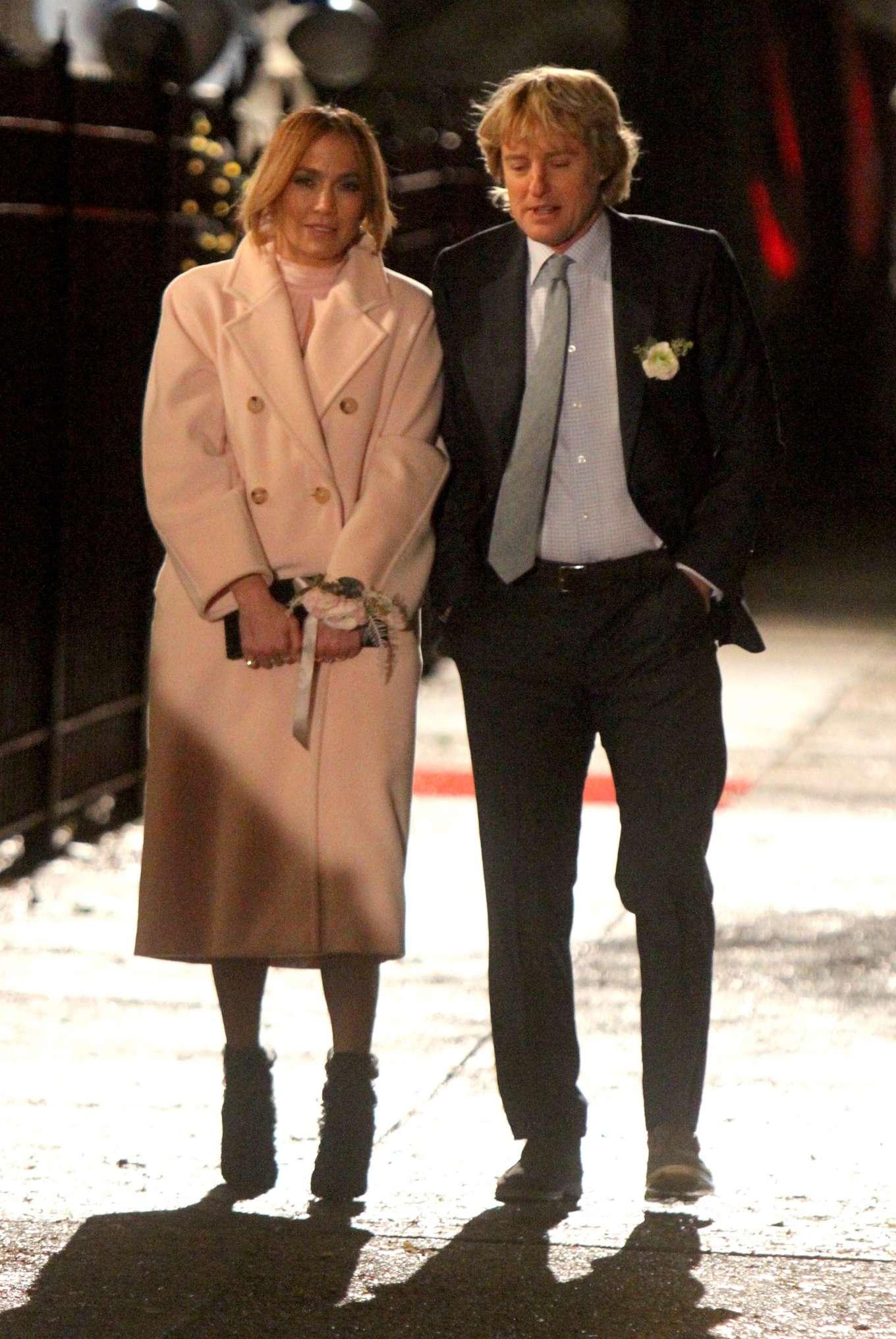 Jennifer Lopez and Owen Wilson - Filming a scene of 'Marry Me' in Brooklyn