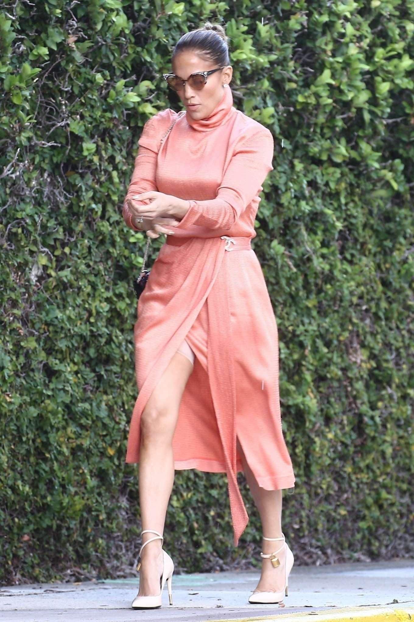 Jennifer Lopez - Arrives at Alex Rodriguez daughter's graduation in Miami