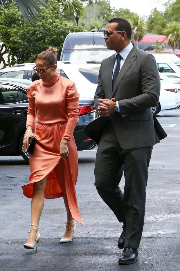 Jennifer Lopez: Arrives at Alex Rodriguez daughters graduation-11