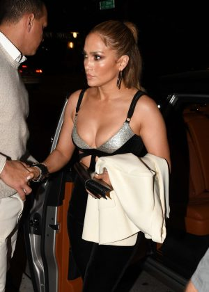 Jennifer Lopez - Arrives at Casa Tua Restaurant in Miami