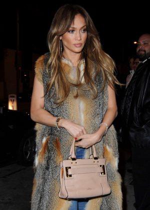 Jennifer Lopez - Arrives at Catch LA in West Hollywood