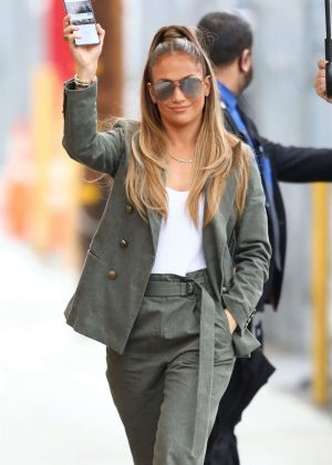 Jennifer Lopez - Arrives at 'Jimmy Kimmel Live!' in Hollywood